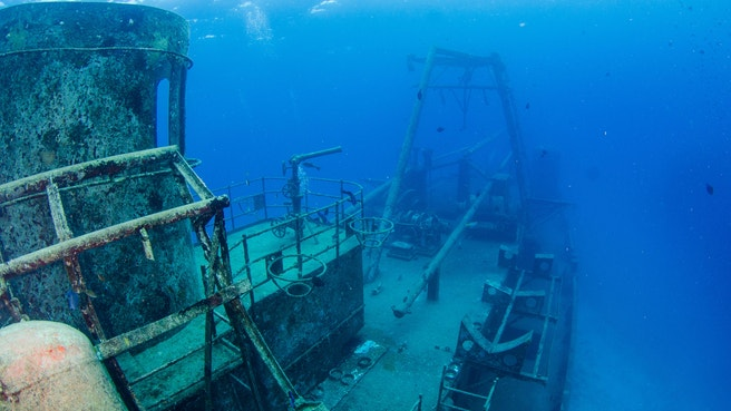 The shipwreck of the kittiwake prior to hurricane Ivan